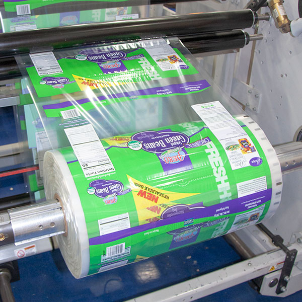 INNO-LOK pre-applied zipper roll film on VFFS equipment